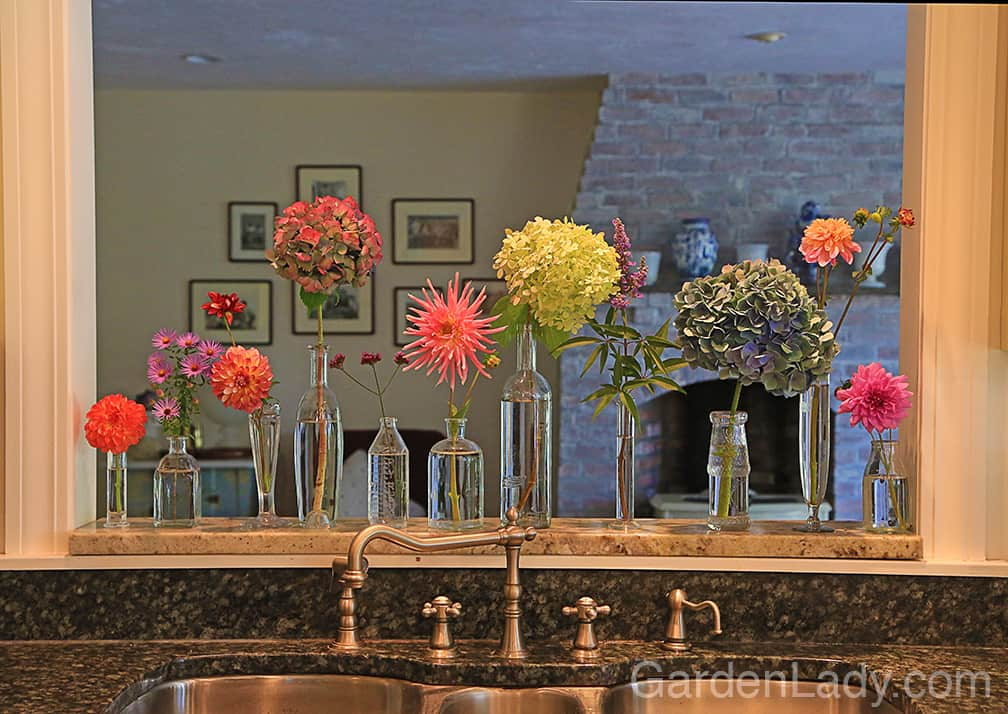 When you have assorted flowers in your front and backyard, you can create a flower show anywhere in your house or office. #SimplyDisplayedFlowers
